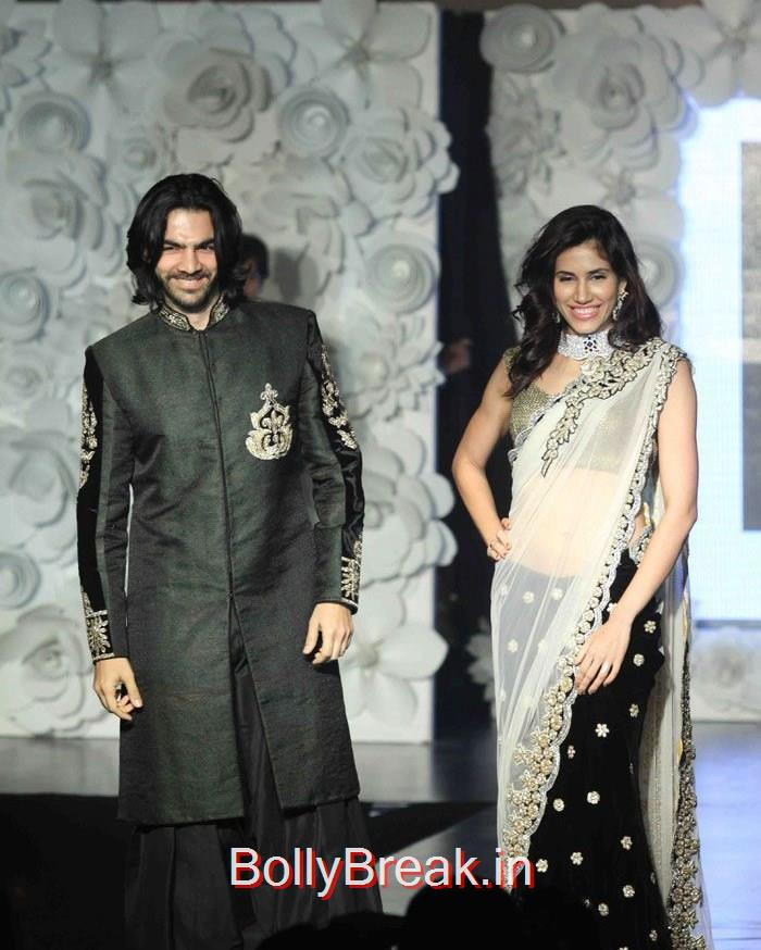 Celebs Walks the Ramp at 'Main Tamanna 2' First Look Launch, Hot HD Images of Shriya Saran On The Ramp at 'Main Tamanna 2' First Look Launch