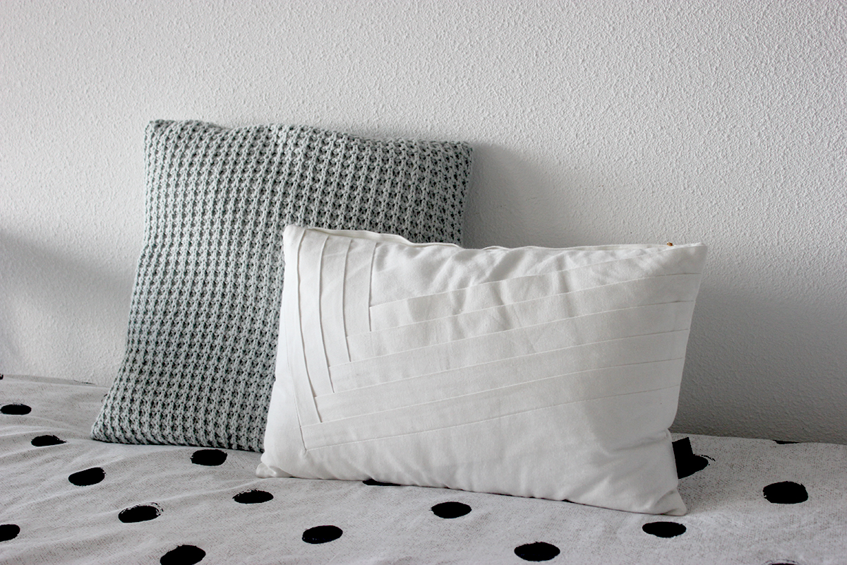 Kussens Met Stippen : Grote kussens bed. awesome mooie grote kussens in stoere hippe