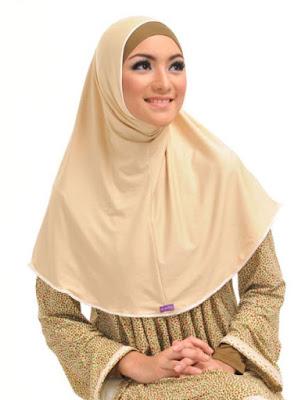 contoh model hijab simple dan praktis 3
