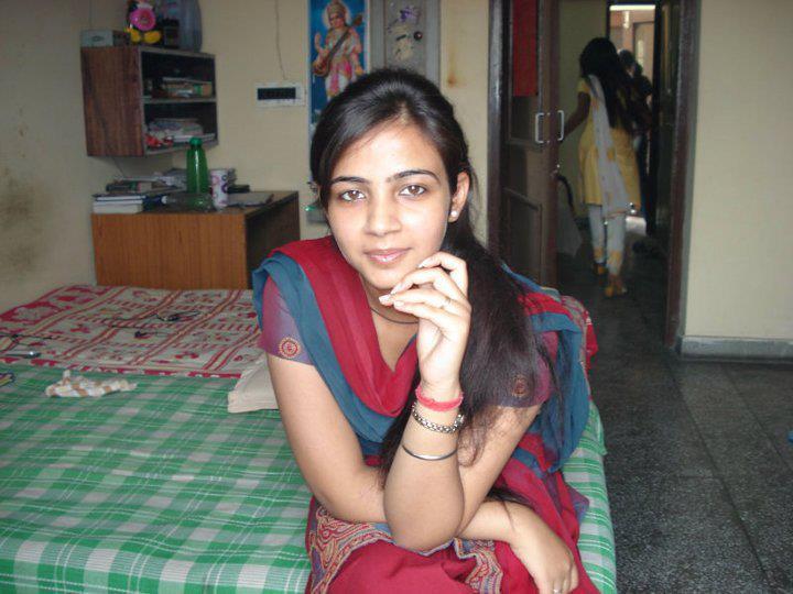 Dhili girl