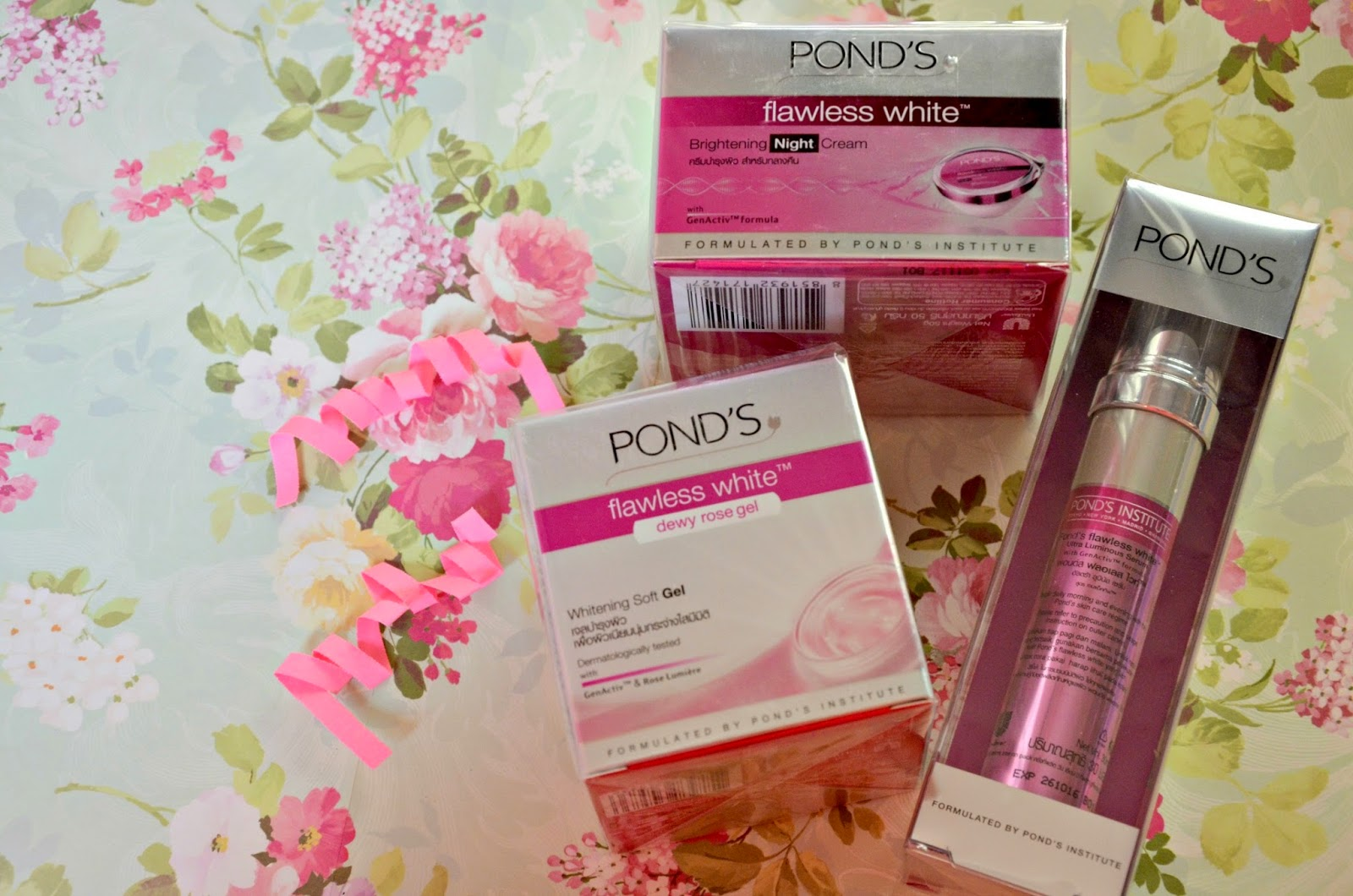 Unboxing The March 2015 Ponds Exclusive Bdj Box A Day In Life Flawless Dewy Rose Gel 50 G White Ultra Luminous Serum 30ml Php480 Worrying About Uneven Skin Tone Caused By Exposure To Sunlight And Pollution