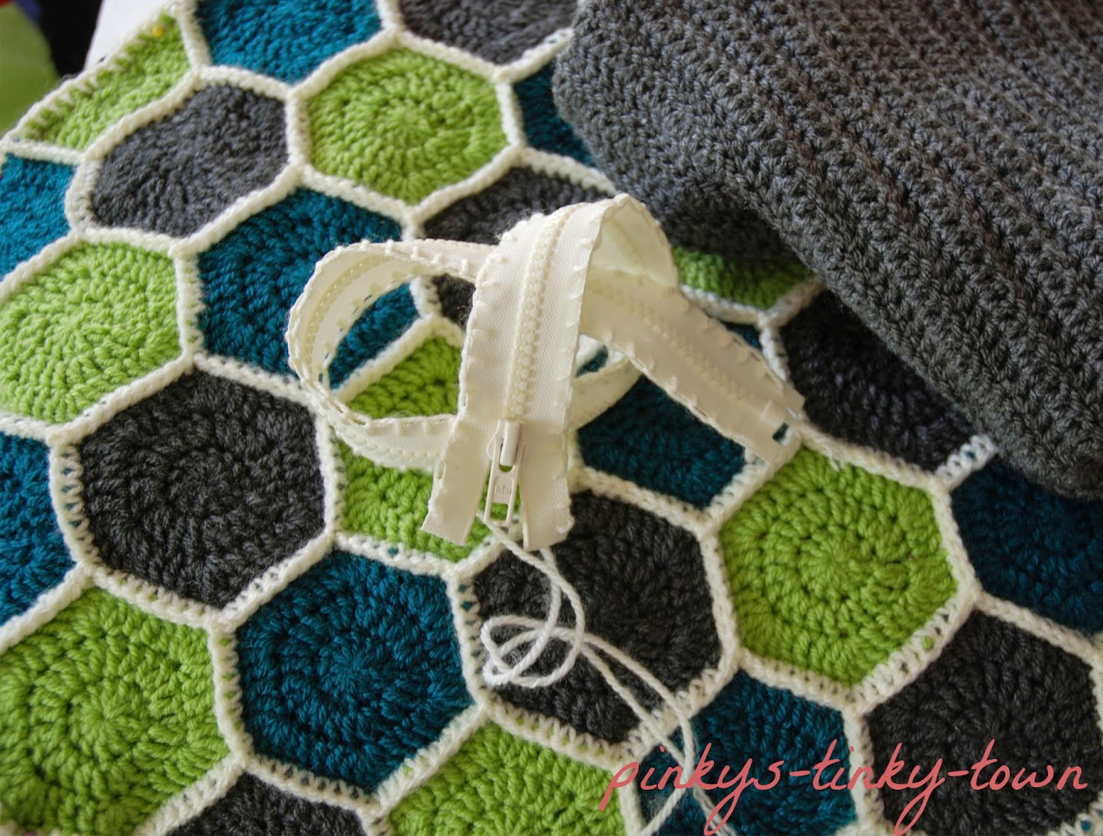 Pinkys Tinky Town Crochet Kissenbezug Aus Sechsecken