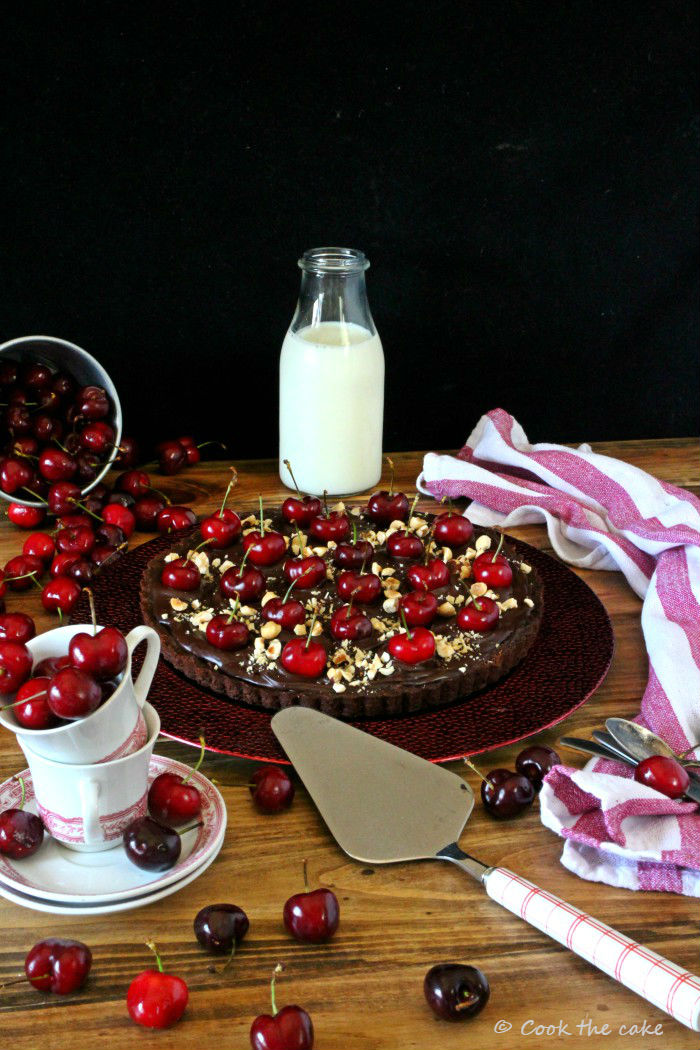 cherry-chocolate-tart, tarta-de-cerezas-chocolate-y-avellanas