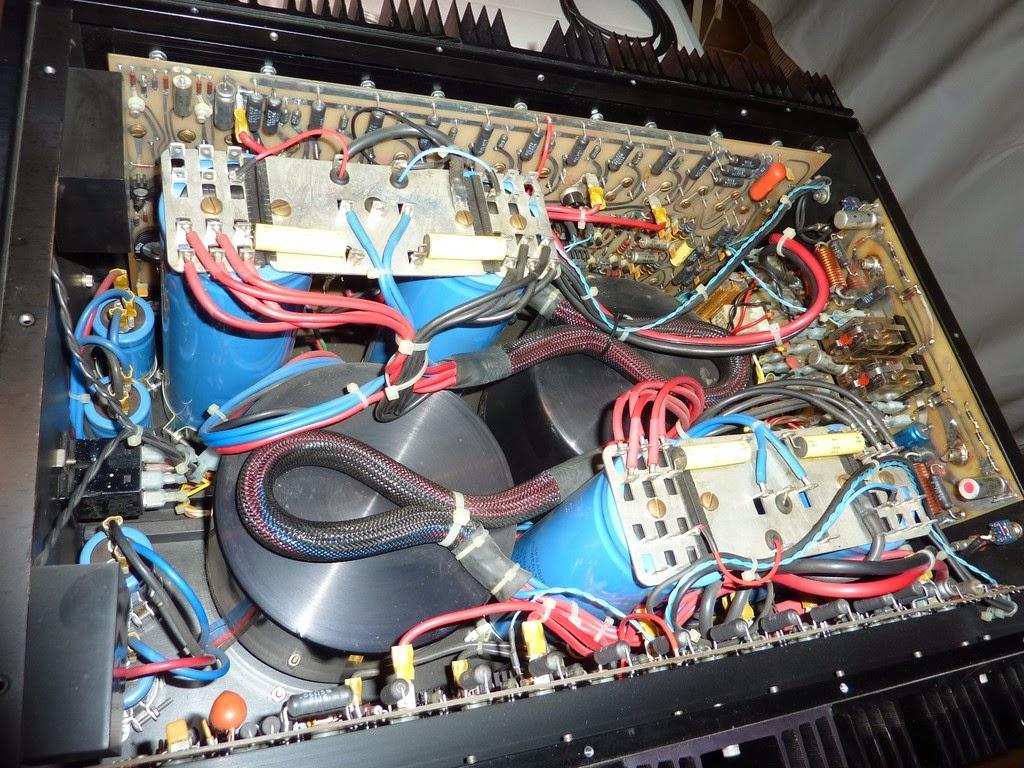 Mark Levinson Vintage Audio Gear: ML 3 | 2 x 200W amplifier