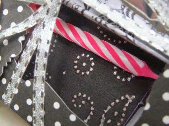 Geburtstagskuchenbausatz schwarz-weiß
