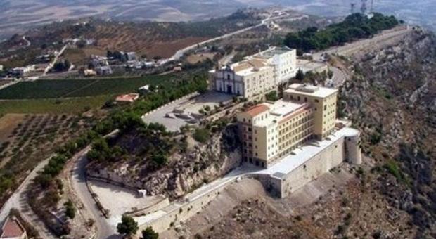 Aneh, Hotel Mewah Ini Tak Pernah Ada Tamu Selama 61 Tahun