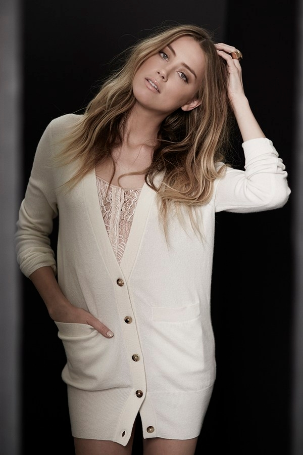 Amber Heard style romantic cardigan