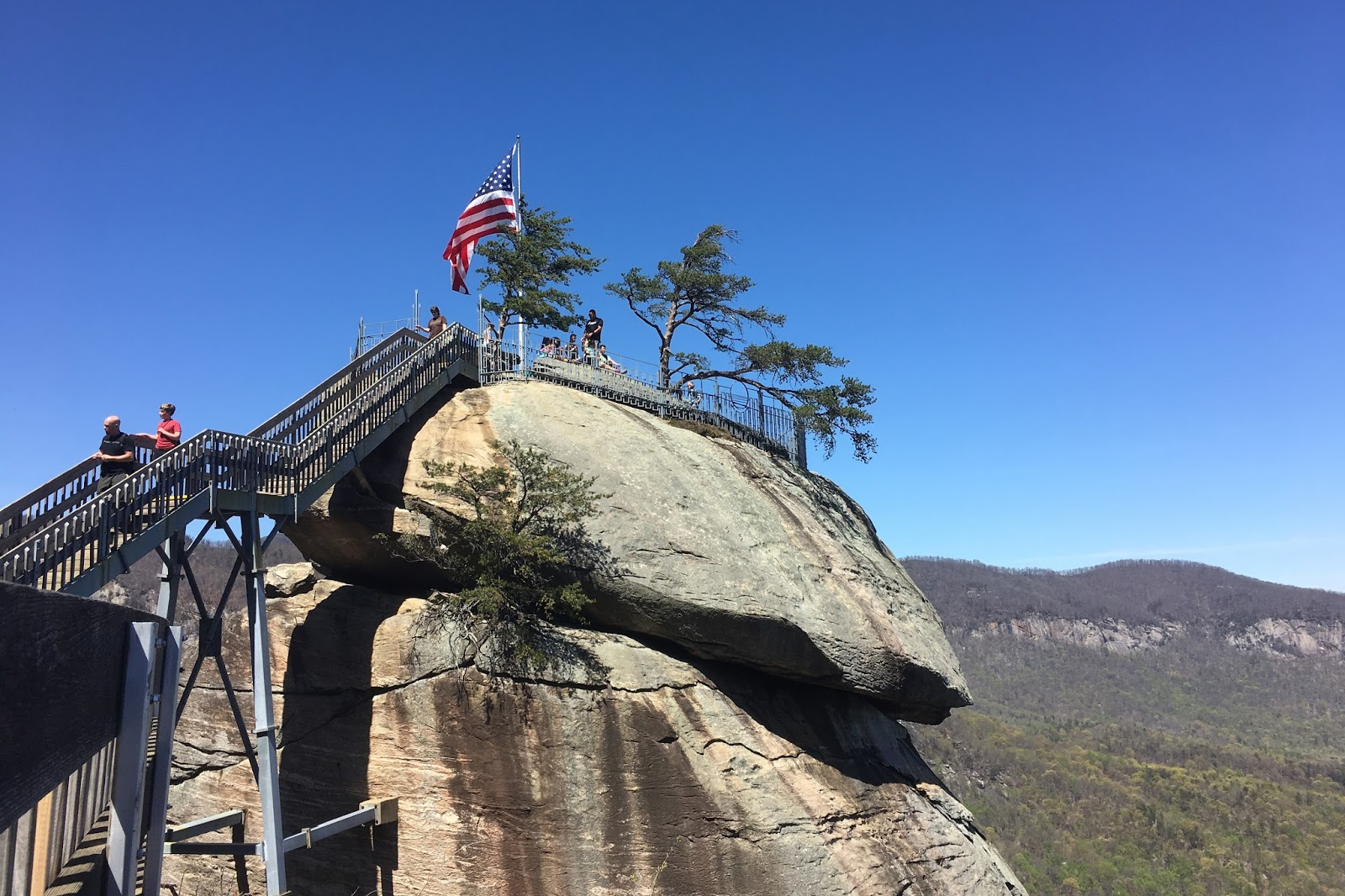 The story of us chimney rock north carolina for Cabine sospese di rock state park nc