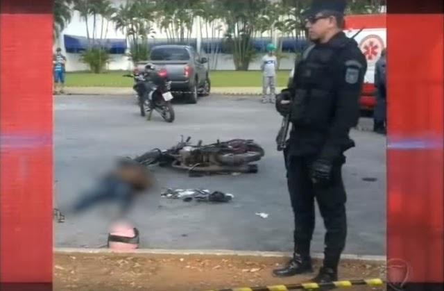 """""""Ladrão atrapalhado"""" mata comparsa com tiro acidental durante fuga da polícia"""