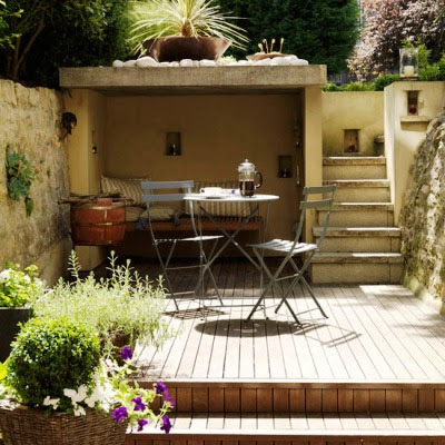 Ideas in Small Courtyards 7