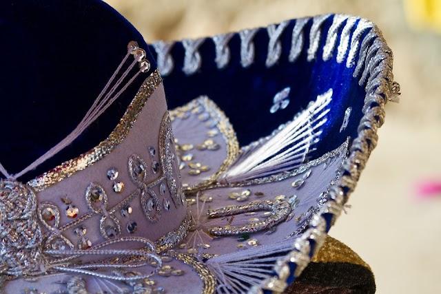 Pistoleros Mariachi matan a cinco personas en la Ciudad de México