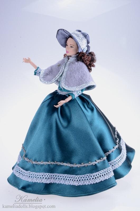 Suknia z epoki dla lalki Barbie.