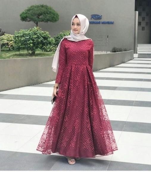 55 Model Dress Kebaya Modern Terupdate 2019 Terbaru9 Info