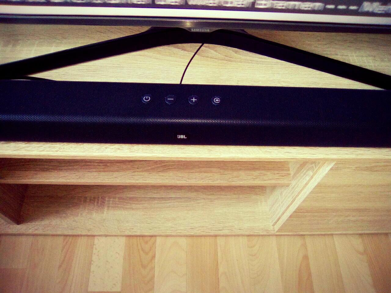 Gastbeitrag zum test der jbl soundbar 2 1 for Couch 4m breit