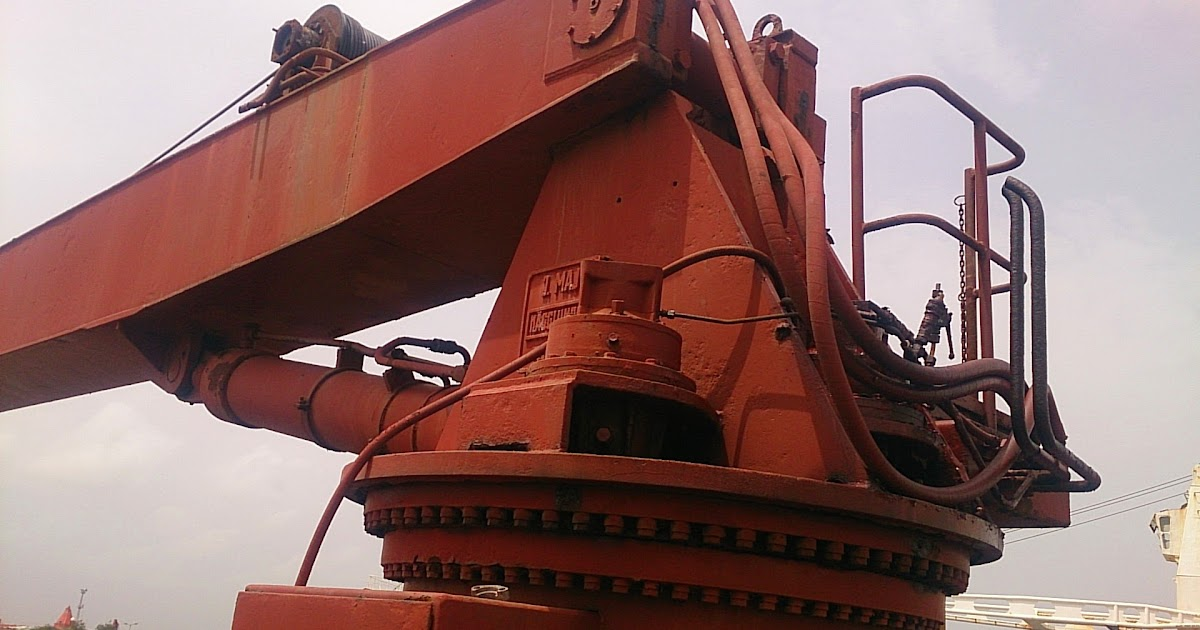 Marine deck cranes provisional cranes used second hand for Motors used in cranes