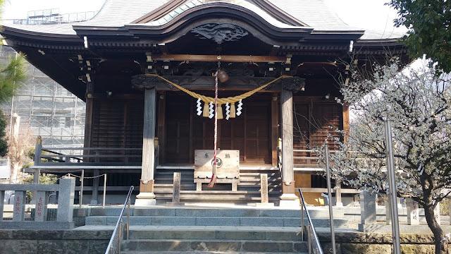 杉山神社の拝殿