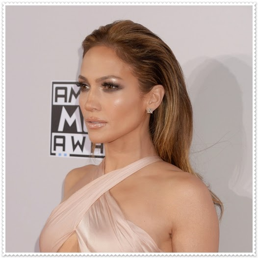 Jennifer Lopez Make-Up Tricks