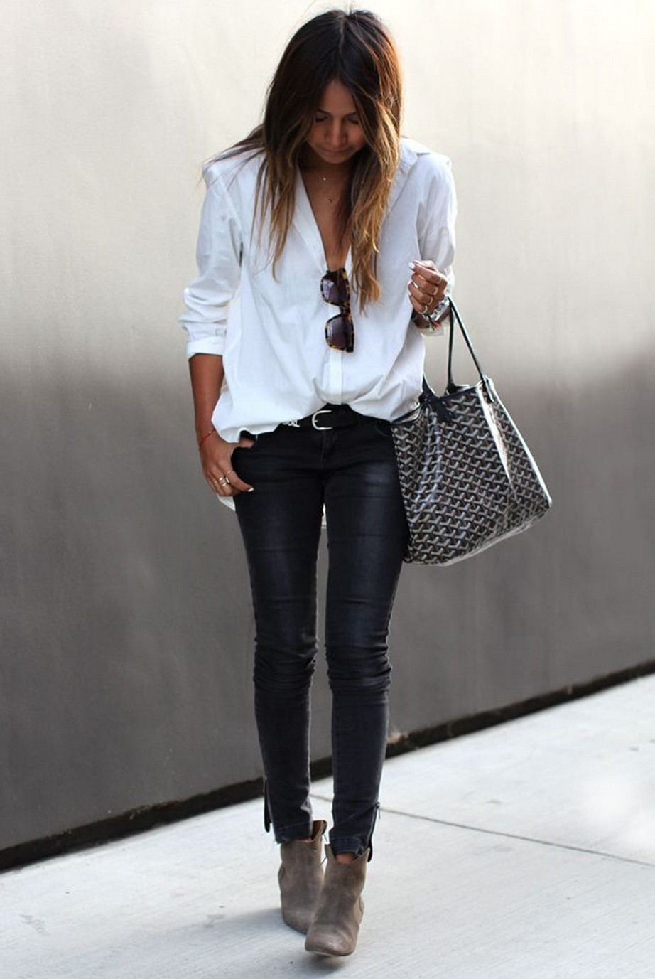 Classic black and white will never goes out of style