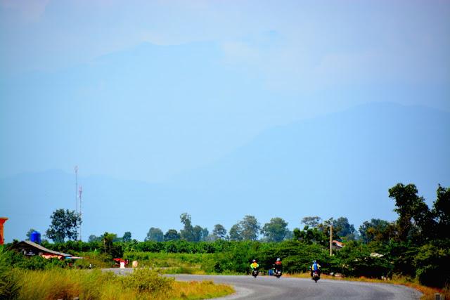 Aural 3312 Có một Campuchia rất khác, hành trình trekking leo đỉnh núi cao nhất Campuchia