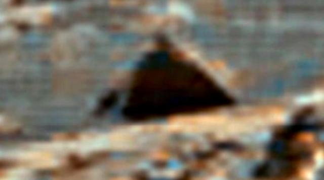 Новости об НЛО: На Марсе найдены развалины города?