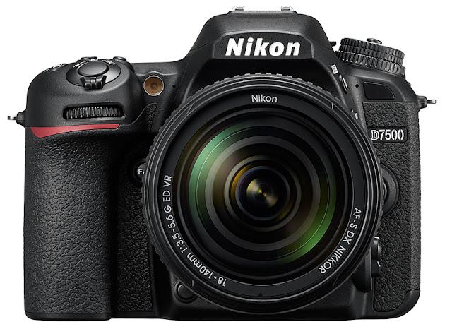 Nikon D7500 vs D7200 - Front