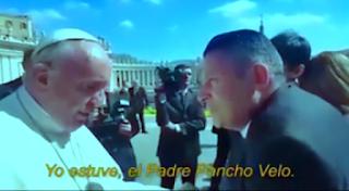 """Durante un repaso de su encuentro con el Sumo Pontífice en El Vaticano el miércoles pasado, el intendente bonaerense aseguró que Bergoglio le admitió haber sido amenazado por el exjefe de comunal en sus tiempos de Arzobispo. """"Con mucha frescura me preguntó si la mafia de Othacehé no me jorobaba, y yo quedé como anestesiado. Él me dijo que estaba preocupado por mi caso, por la mafia anterior"""", aseguró Menéndez."""