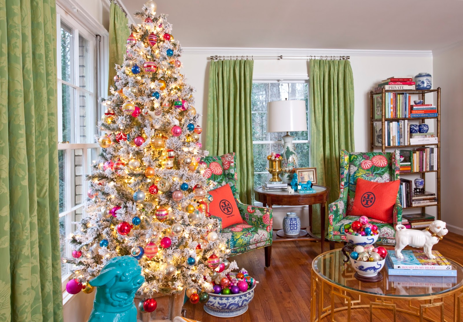 christmas at designers homes across america written by katharine mcmillan and patricia mcmillan - Christmas Designers