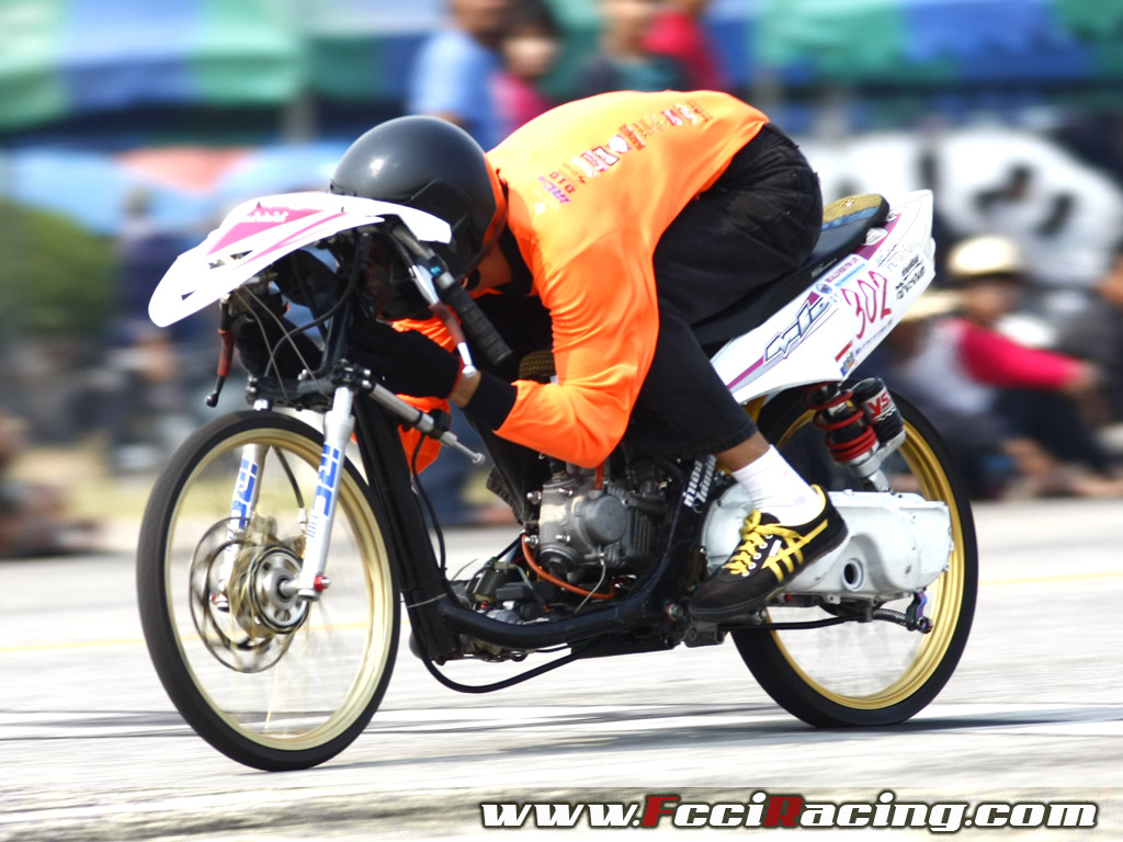 Yamaha mio drag bikes race fcci racing wallpaper best for Wallpaper drag race motor