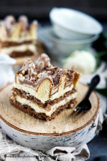 ciasto, gora lodowa, biszkopt, budyn, deser, bernika, kulinarny pamietnik, krem