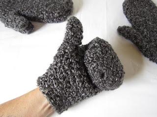 mittens, free crochet pattern, Homespun, Lion Brand