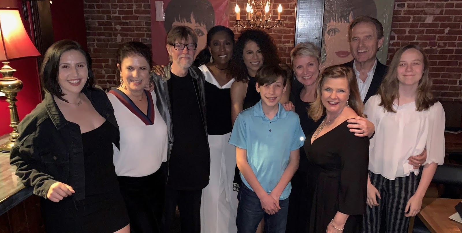 2a781c142 BWW Review: A CLASSIC BROADWAY MOTHER'S DAY - A Delightful Family Show
