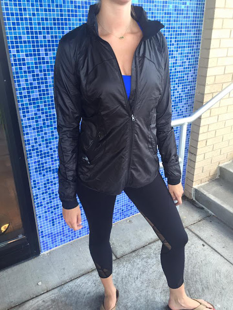 lululemon goal-crusher jacket-tight