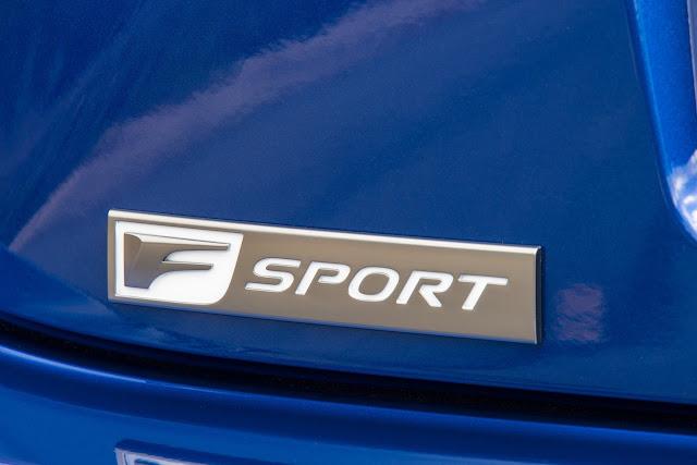 F SPORT badge on 2016 Lexus RC200t