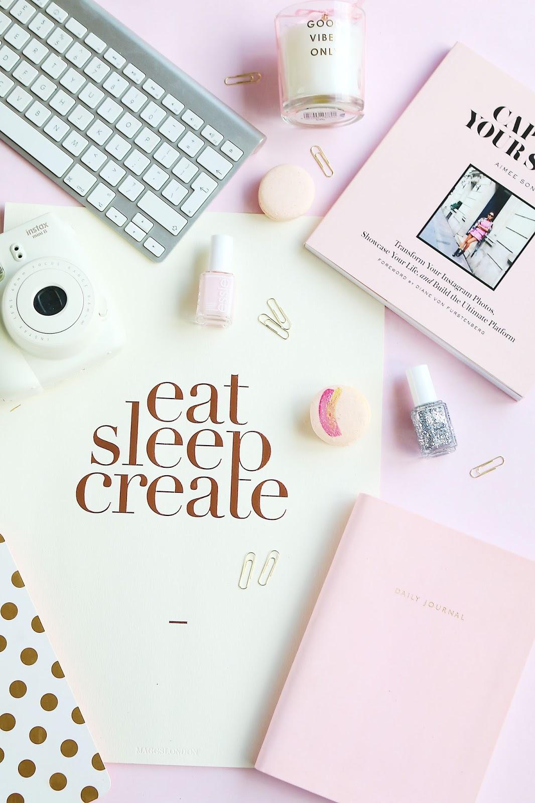 Lifestyle, blogging, Blogging advice, my blog resolutions, 2017 Blog resolutions, new year resolutions, flat lay, pink, blush pink, blush pink flat lay, pink flat lay