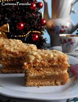 http://czerrrwonaporzeczka.blogspot.com/2015/12/sekaczek-kurche-ciasto-z-jabkami-i.html