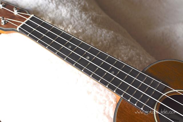 Ohana SK-14 soprano ukulele fingerboard