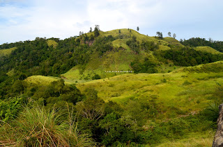 Bukit-bukit lain dilihat dari Bukit Pulisan, Likupang Timur, Minahasa Utara, Sulawesi Utara +jelajahsuwanto