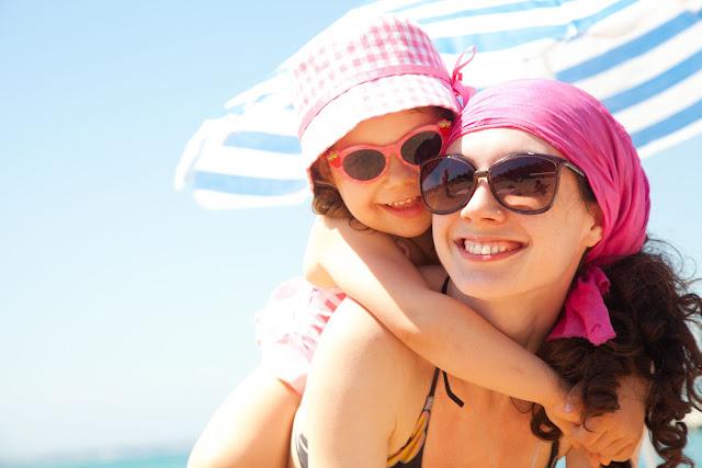 Protege la vista de tus hijos con gafas de sol