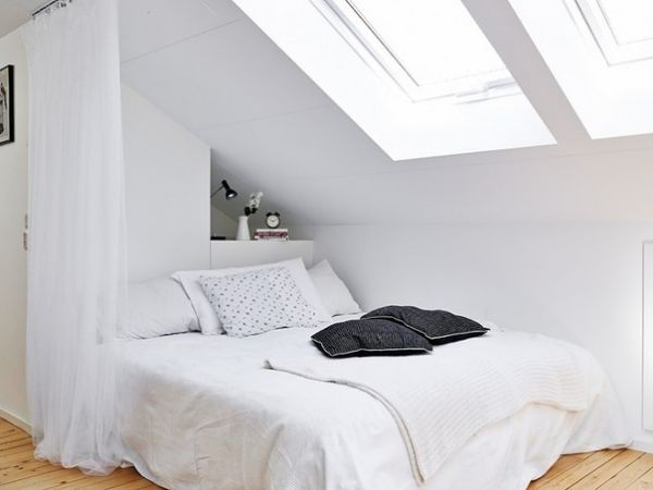 white attic bedroom design ideas