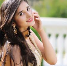 Kanika Mann Family Husband Son Daughter Father Mother Age Height Biography Profile Wedding Photos