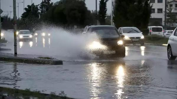 Η κακοκαιρία  «σαρώνει» τη χώρα: 9 μποφόρ - Καταιγίδες και χαλάζι