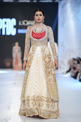 sania-maskatiya-bridal-dresses-collection-at-pfdc-l'oréal-paris-bridal-week-2016-18