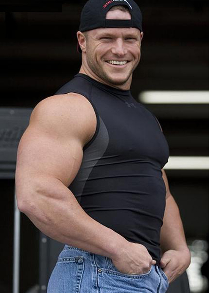 Muscle Hunks Chad Gregory