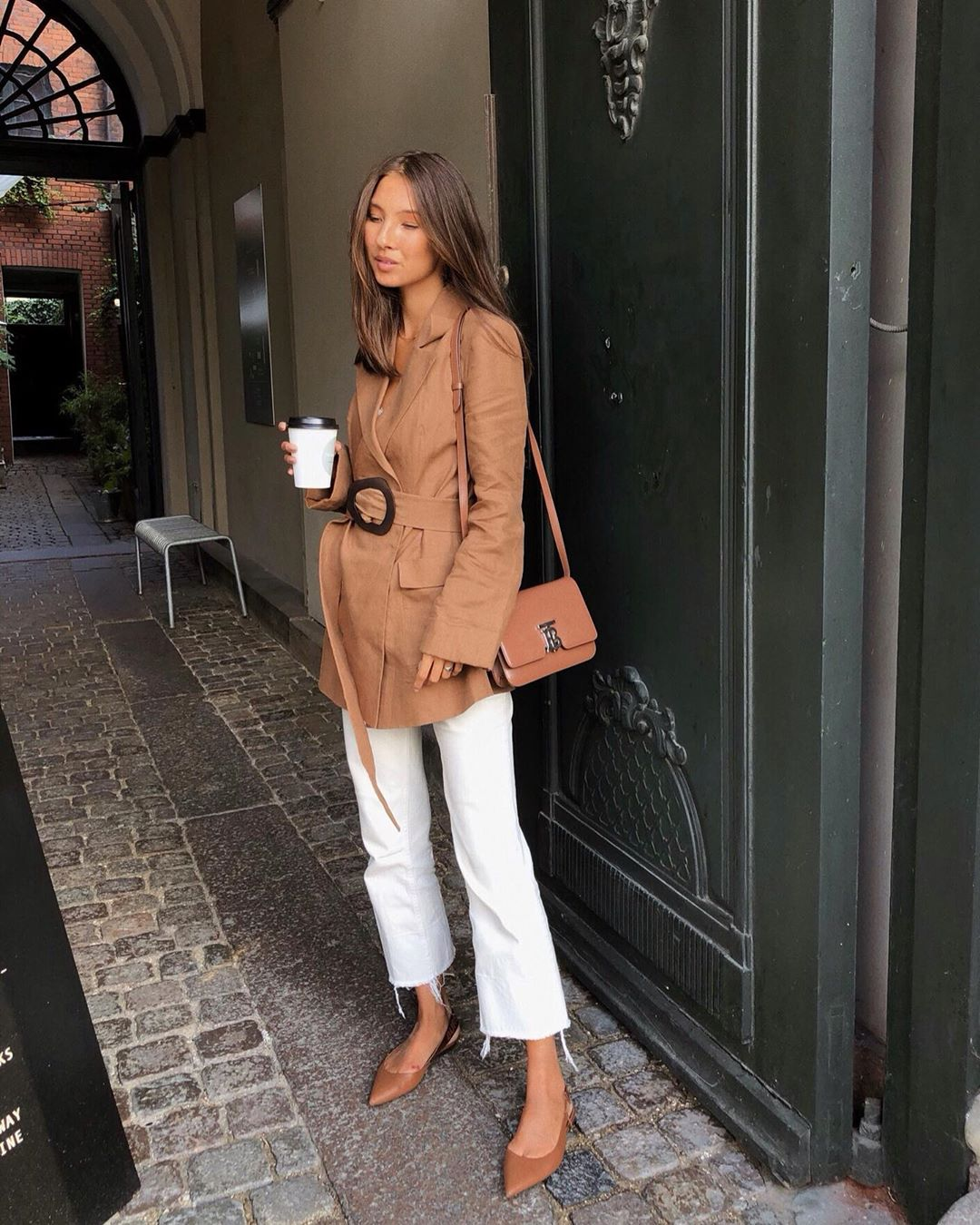 Shop The Best Transitional Belted Lightweight Coats For Fall 2019 Via Fakerstrom Le Fashion Blog