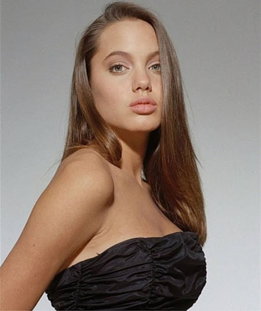 Malena Narvay es llamada la Angelina Jolie argentina