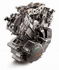 KTM 1290 Super Duke R ABS: Motor