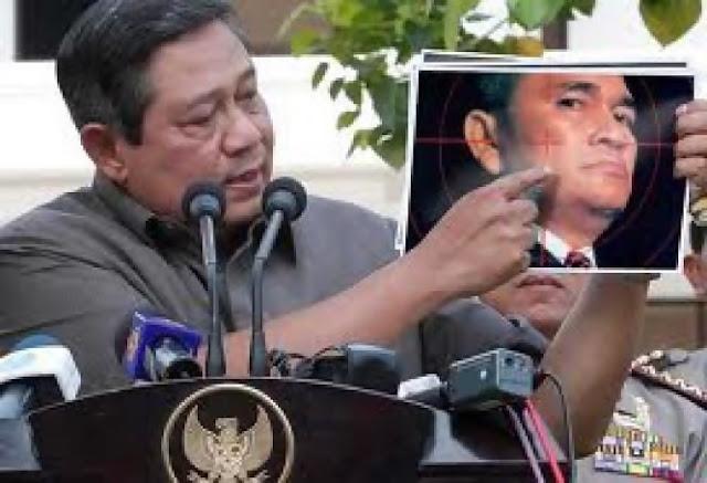 Membela Ahok Tanpa Persetujuan Partai, Ruhut Dicopot dari Jabatannya