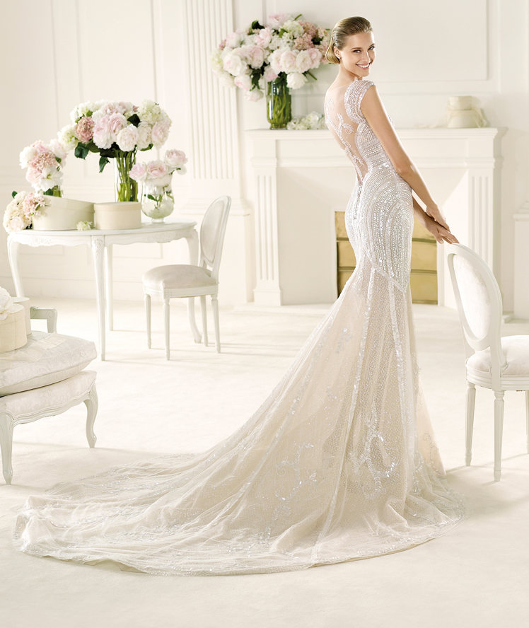 I Am A Woman In Love Backless Haute Couture Wedding Dresses