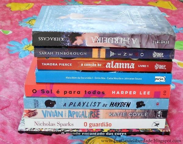 Caixa de Correio, livros, junho