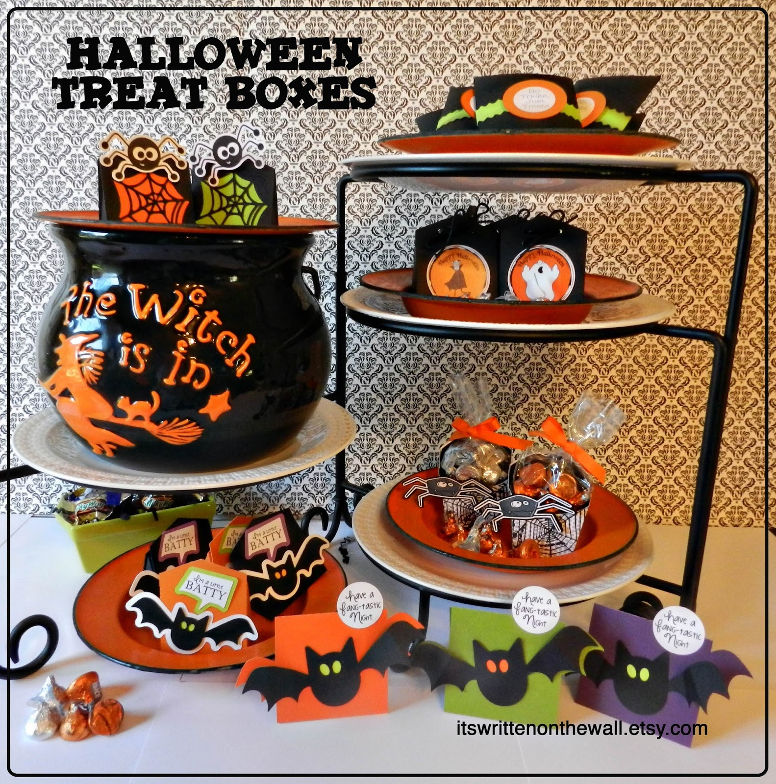 It's Written on the Wall: Lots of Halloween Treat Boxes for Party ...